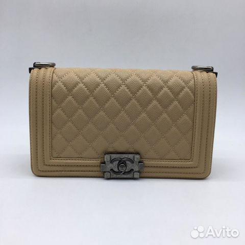 Бежевая Сумка Chanel le boy Шанель бой Клатч Икра купить в Москве на ... 61ec416db95