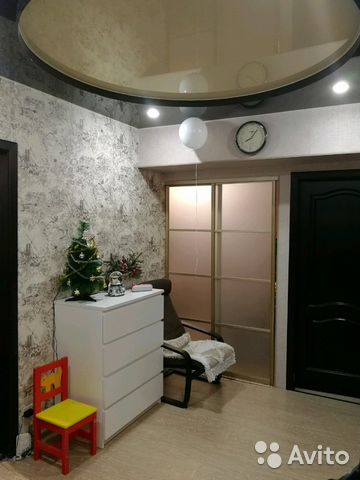 Продается трехкомнатная квартира за 3 450 000 рублей. г Омск, Космический пр-кт, д 111.