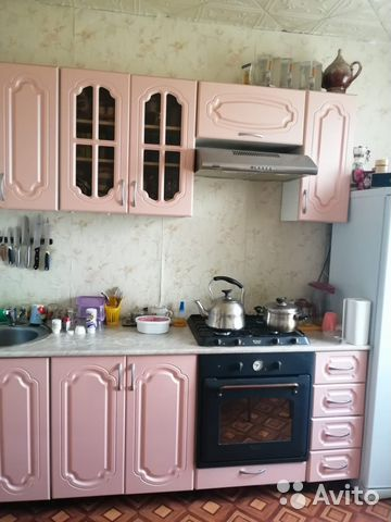 Продается трехкомнатная квартира за 2 200 000 рублей. Саратовская обл, г Балаково, ул Братьев Захаровых, д 8.