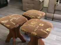 Табурет и стол