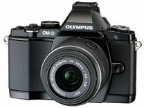 Olympus OM-D E-M5(14-42mm II R) 16гб.Сумка.Коробка