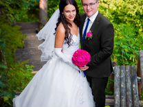 Свадебное платье и аксессуары. Полный комплект