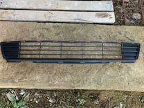 Нижняя решетка радиатора